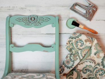 vintage-chair-makeover-chalk-paint-new